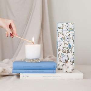 1 2201 CB Cotton Flower candle 1 900x900