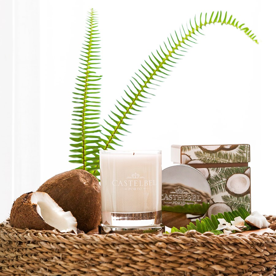1-2301 CB Coconut Candle_4_900x900.jpg